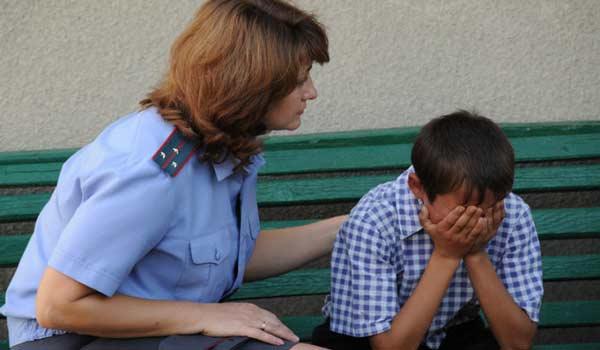Инспектор по делам несовершеннолетних: положительные и отрицательные стороны профессии